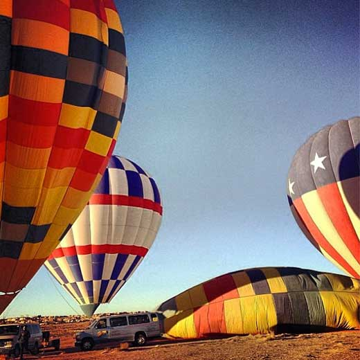 Balloon fiesta. Photo via @lanaaa.